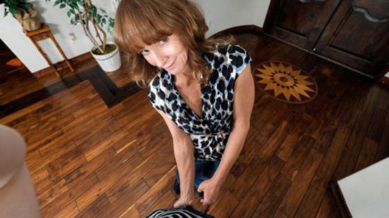 PervNana Cyndi Sinclair Stepgrandma Keeps Secrets 07 13 2020
