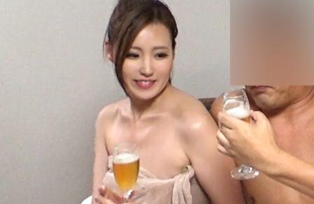 Nyoshin Lt Lt Individual Shooting Gt Gt Slender Beauty OLs In-house Affair Sex Creampie Bath Sneaking In Hidden Shooting Outflow
